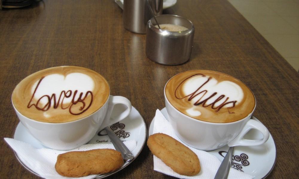 Ugander lernen Kaffee zu trinken